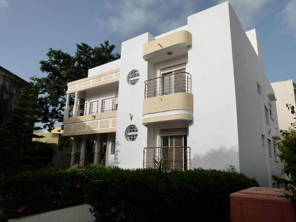 Maison a vendre dakar maison moderne for Acheter une maison au senegal dakar